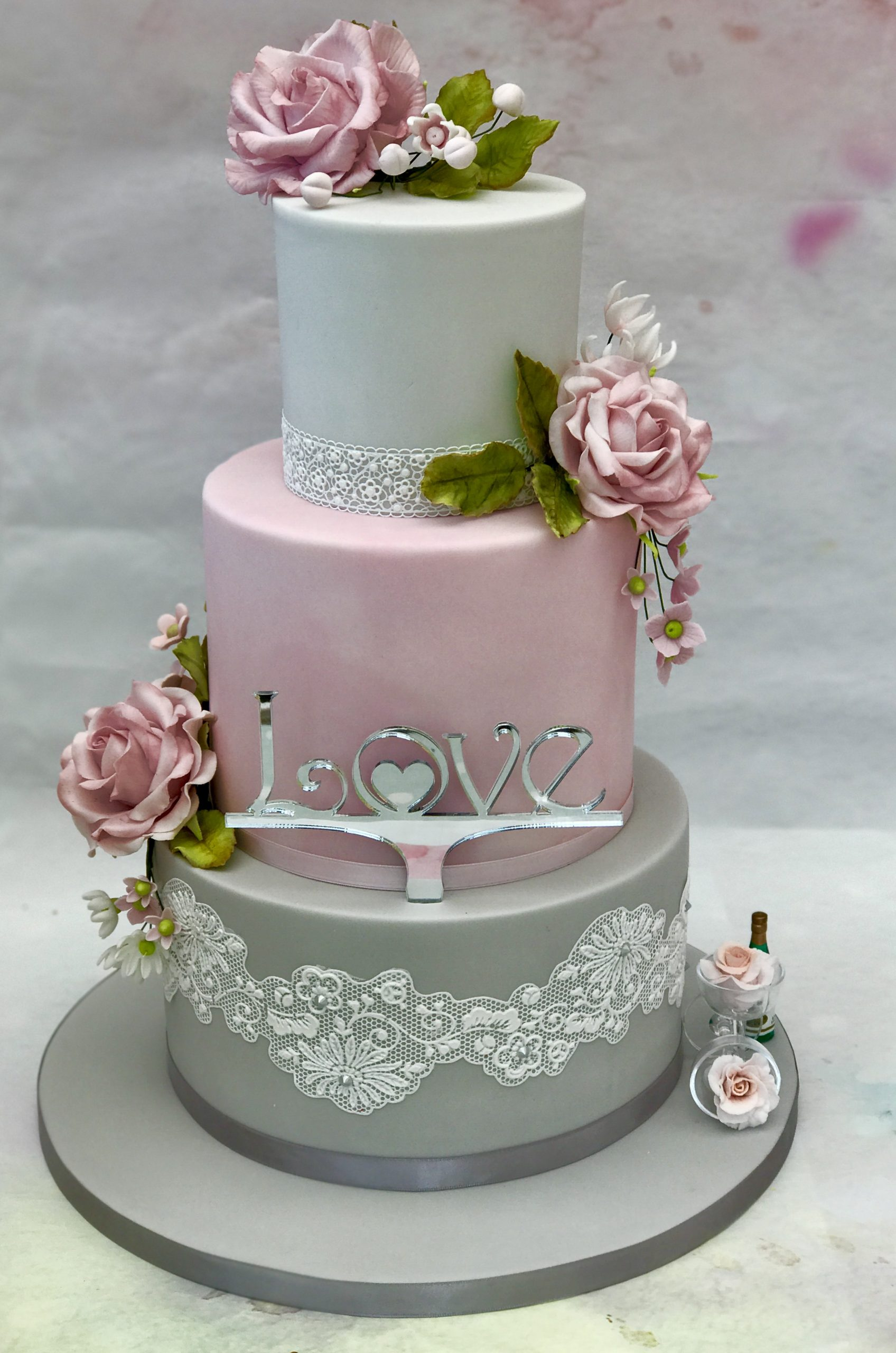 Cake Made Using Beau Products Flowerpaste